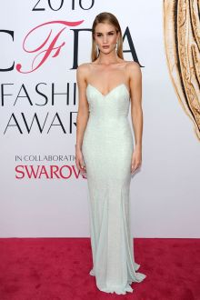 rosie huntington whiteley beaded mint slim mermaid evening dress cfda 2016