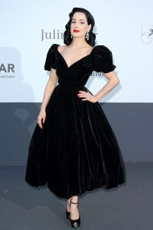 dita von teese cute tea length black velvet prom gown amfar 2013