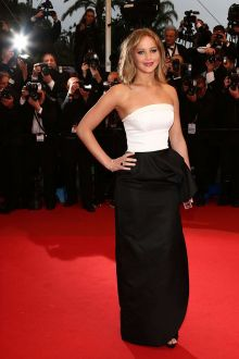 jennifer lawrence white black satin prom dress cannes film festival