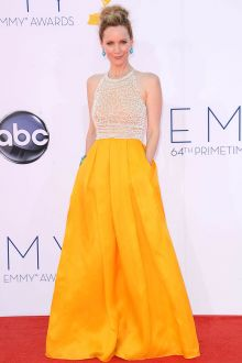 leslie mann white and yellow celebrity ball gown emmy awards 2012