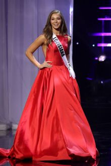 ellie picone red satin bateau neck pageant ball gown miss teen usa 2016