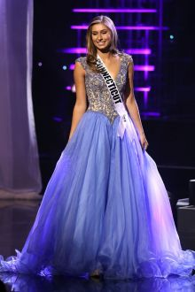 katy brown delicate embroidered blue pageant dress at miss teen usa 2016