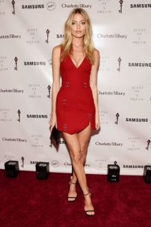 martha hunt chic metallic detailed red plunging short dress samsung event 2016
