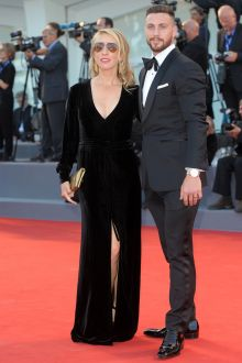 sam taylor johnson elegant black velevt long dress venice film festival 2016