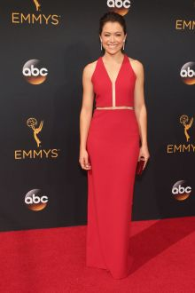 tatiana maslany elegant sleeveless v neck red evening formal dress emmys 2016