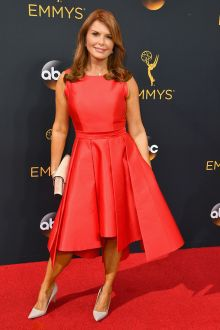 1676f7c336f3 roma downey cute red satin sleeveless bateau neck cocktail dress emmys 2016