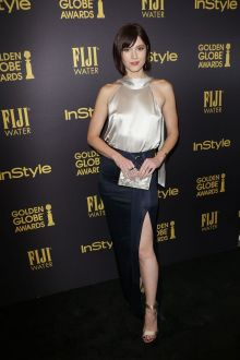 mary elizabeth winstead champagne and navy slit celebrity prom dress 2016
