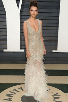 emily ratajkowski beaded nude slim mermaid prom dress oscar 2017