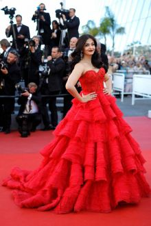 Aishwarya Rai Bachchan Red Strapless Tiered Ball Gown Prom Dress Cannes 2017