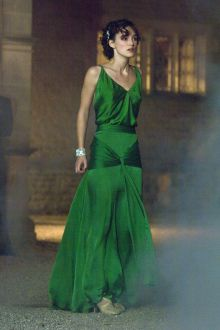 keira knightley celebrity green bridesmaid a line evening gown v neckline