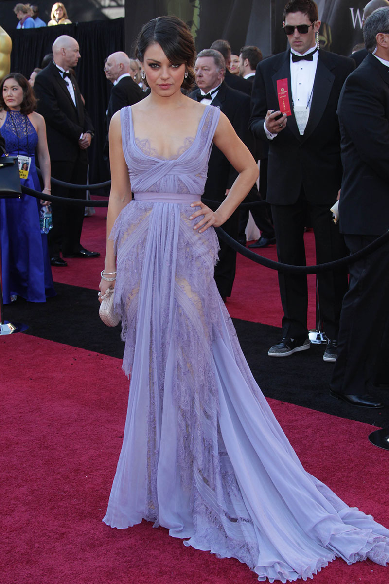 mila kunis sheer lavender lace evening prom dress at oscar red carpet